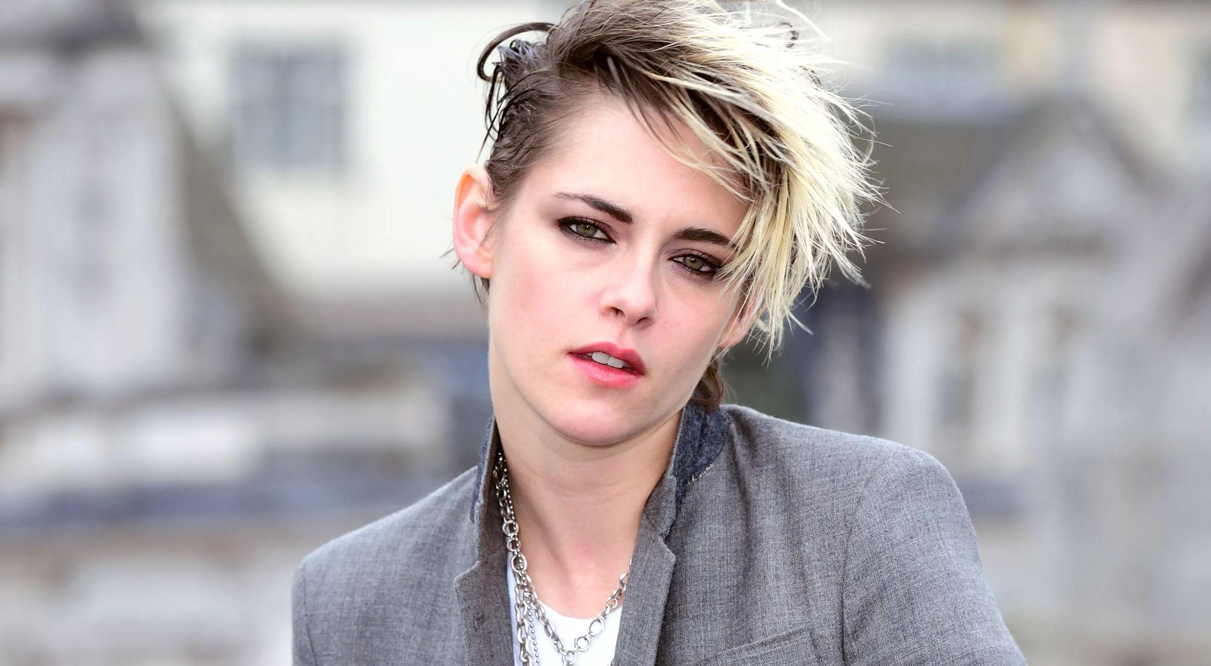 Kristen Stewart Is Set To Play Princess Diana | Fangirlish