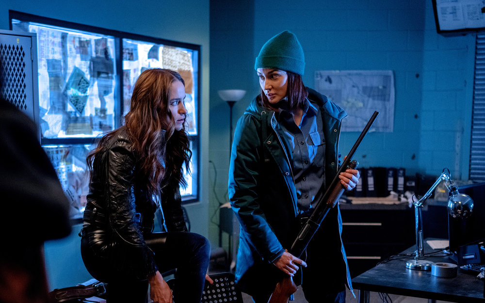 """'Wynonna Earp' 4x01 Review: """"On the Road Again"""""""