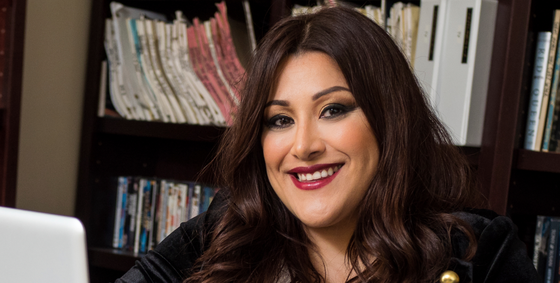 EXCLUSIVE INTERVIEW: Writer Yelyna De Leon Talks 'Murder in the Woods'