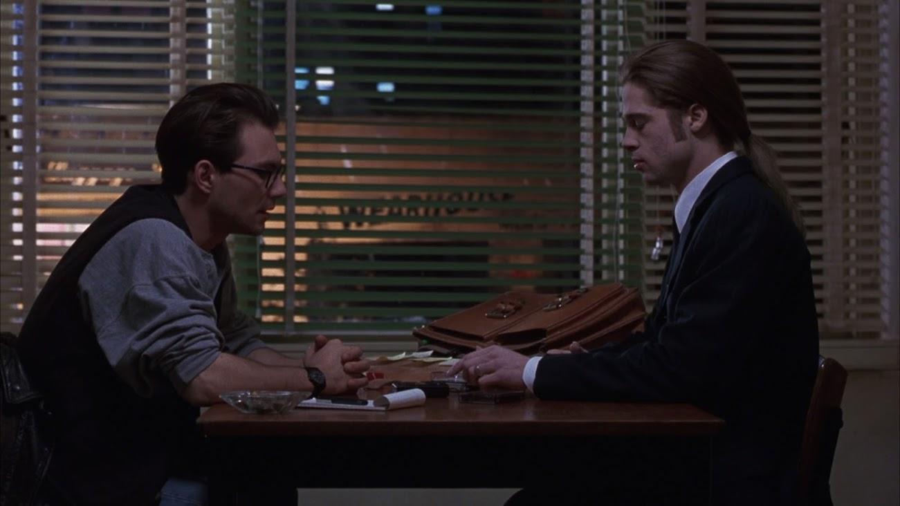 Christian slater entrevista louis, vivido por brad pitt, na adaptação de 1994