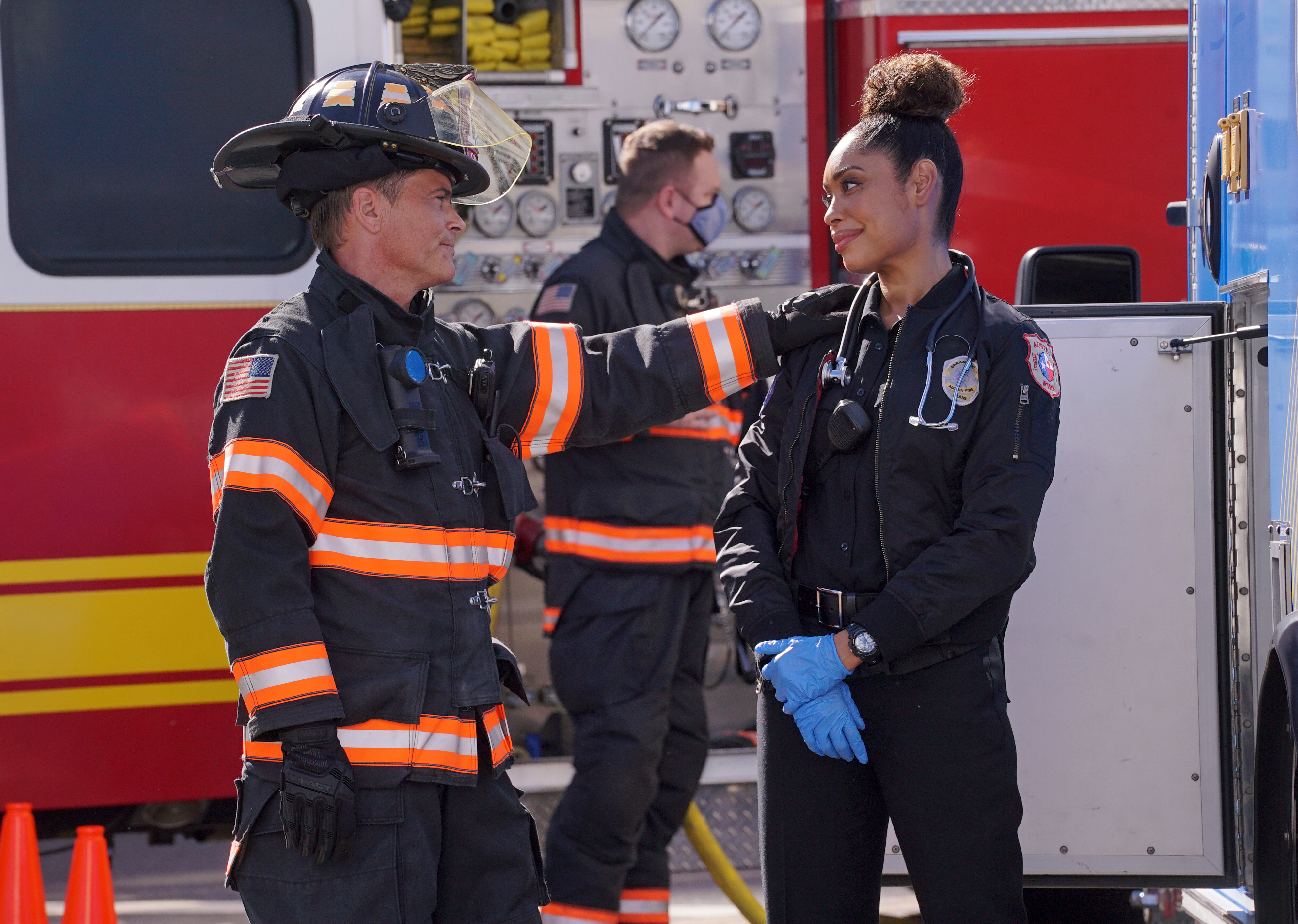"""9-1-1: Lone Star 2x06 """"Everyone and Their Brother"""""""