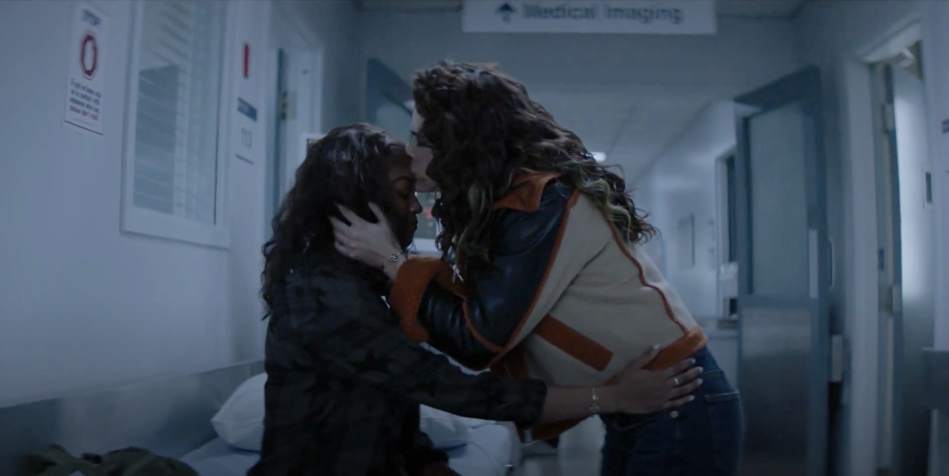 Queerly Not Straight: LGBTQ Representation on The CW's 'Batwoman'