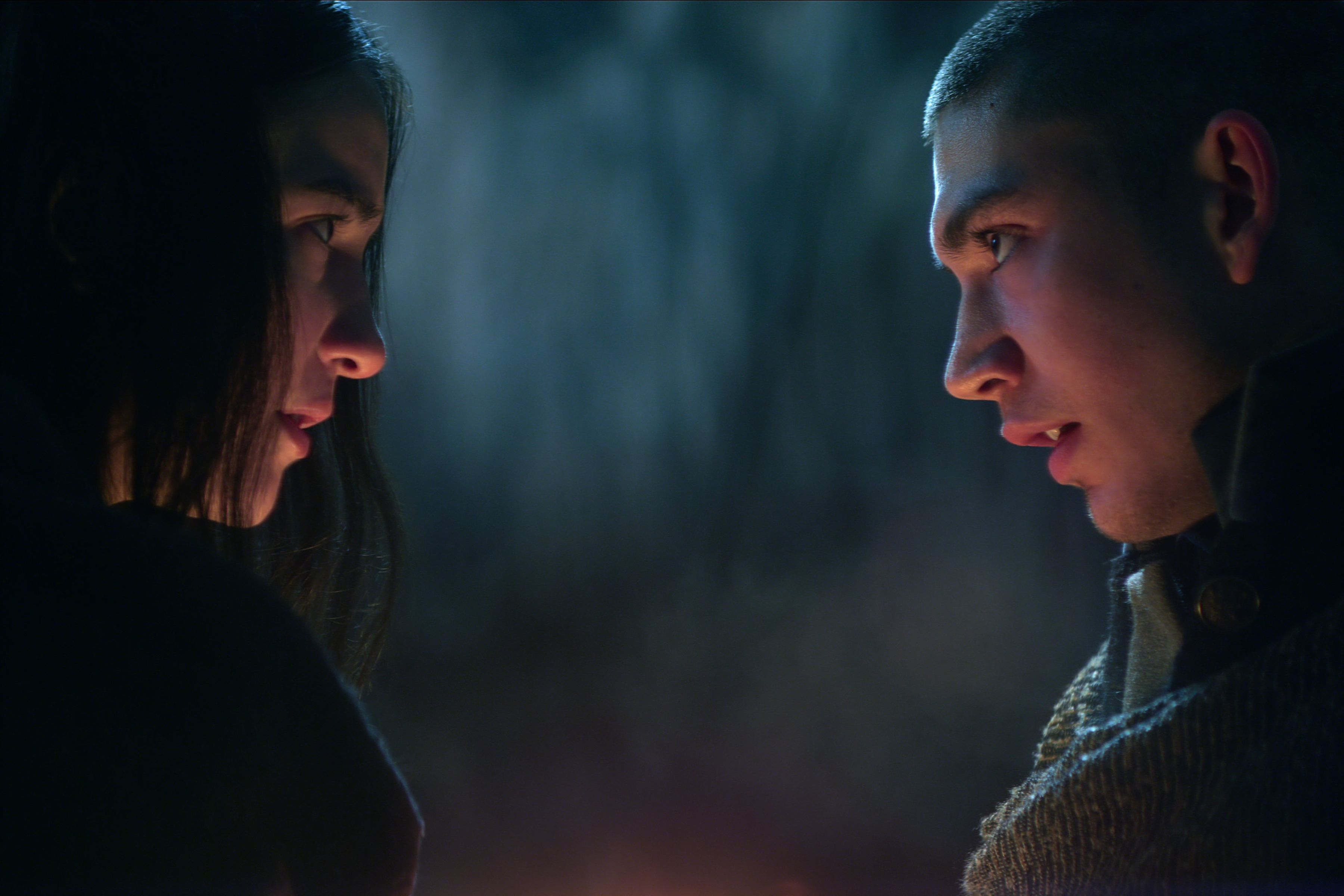 SHADOW AND BONE (L to R) JESSIE MEI LI as ALINA STARKOV and ARCHIE RENAUX as MALYEN ORETSEV in SHADOW AND BONE