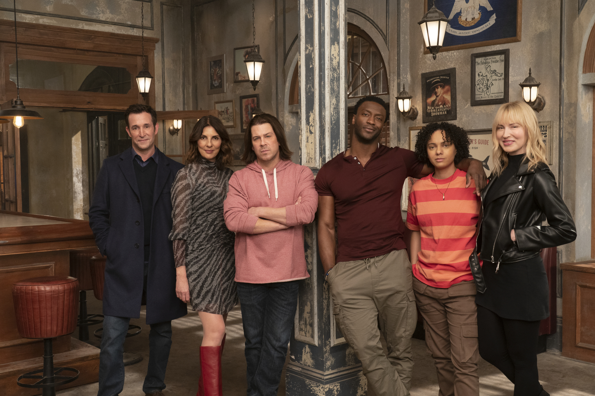 EXCLUSIVE: Christian Kane, Beth Riesgraf and Aleyse Shannon Talks 'Leverage: Redemption', Fandom Power And Season 2